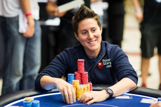 Con-33-años-es-la-mejor-jugadora-de-Poker-del-mundo-01