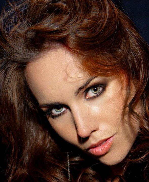 Liv-Boeree-modelo-presentadora-y-estrella-del-Poker