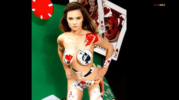 Una-de-las-jugadoras-de-Poker-mas-sexys-del-mundo-03