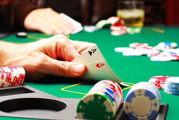 Ocho-influencias-y-prejuicios-que-te-hacen-peor-en-el-Poker-03