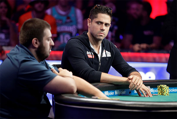 Nuevo-campeon-del-mundo-en-la-World-Series-of-Poker-2017-03