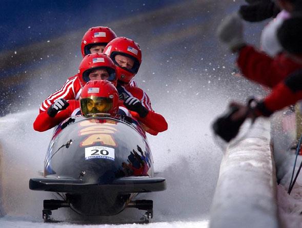 Conoce-los-mejores-deportes-de-hielo-que-puedes-practicar-02