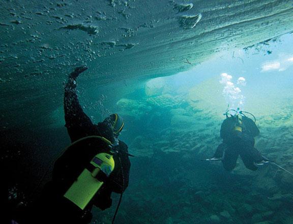 Buceo-bajo-el-hielo-en-Los-Pirienos-01