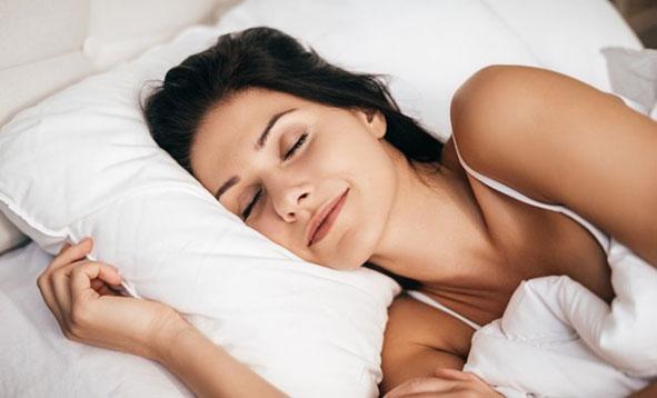 Conoce-estos-5-gadgets-que-te-ayudaran-a-dormir-mejor-01