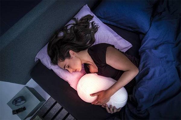 Conoce-estos-5-gadgets-que-te-ayudaran-a-dormir-mejor-05