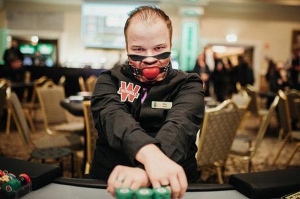 La-fiebre-del-poker-llega-a-Dublin-02