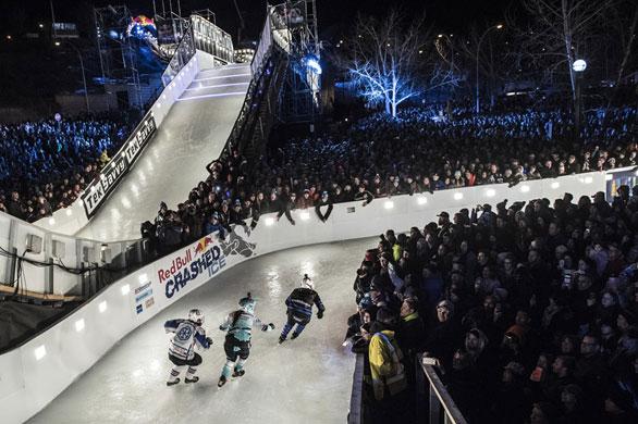 Fenway-Park-albergara-otro-evento-extremo-de-deportes-de-invierno