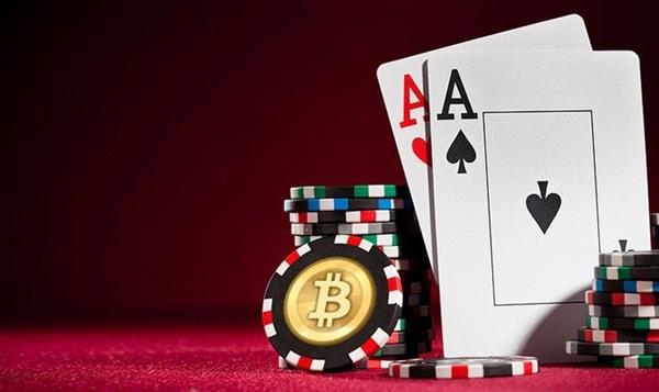 Conoce 6 Sitios para jugar póker con bitcoin