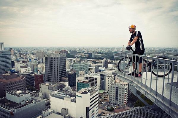 los más locos en bicicleta