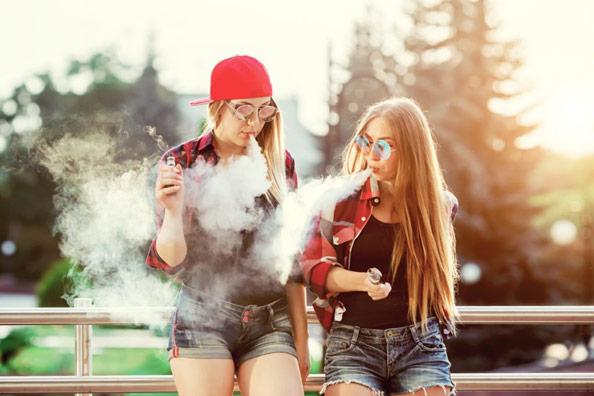 Harvard halla toxinas bacterianas y fúngicas en cartuchos y líquidos en los cigarrillos electrónicos