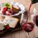 El vino tinto a ayuda prevenir la obesidad y el colesterol