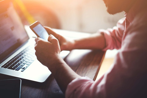 Las lesiones tecnológicas causadas por las tablets, smartphones y ordenadores